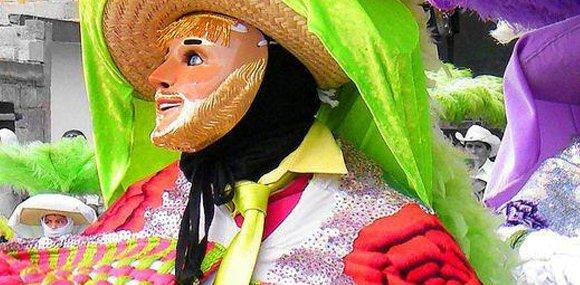 Danzantes de carnaval :: Descubre Tlaxcala